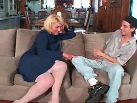 Blonde aged mature sucks dick and gets titsfuck