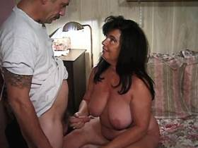 Chubby mature does blowjob and gets licking cunt