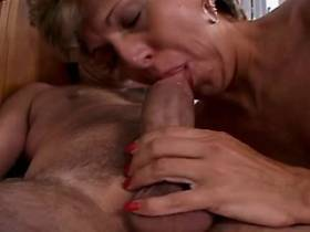 Mature gets creampie after hard fuck in all holes