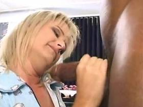 Blonde mature has oral sex and gets licking pussy