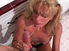 Blonde mature does hot blowjob and fucks in kitchen